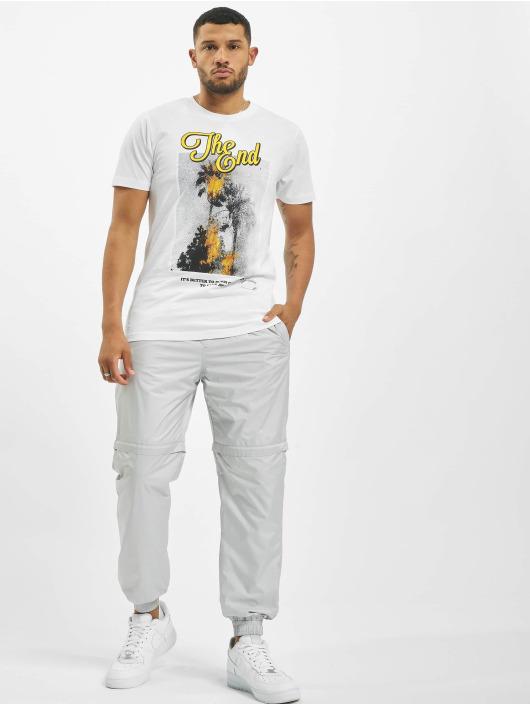 Mister Tee T-paidat The End valkoinen