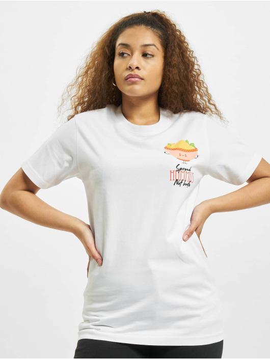 Mister Tee T-paidat Spread Hummus valkoinen
