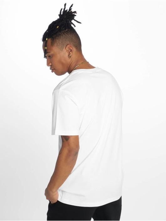 Mister Tee T-Shirt Yalla Athletic blanc