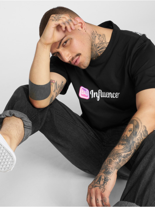 Mister Tee T-Shirt Bad Influencer schwarz