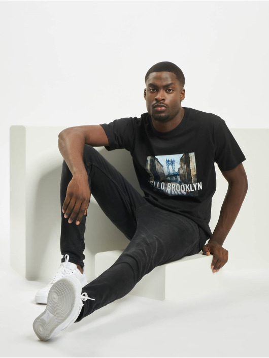 Mister Tee T-shirt Hello Brooklyn svart