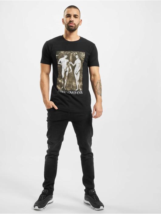 Mister Tee T-shirt Adam Loves Eva svart