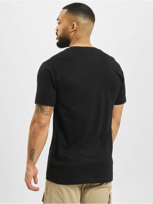 Mister Tee T-shirt God Given Pizza svart