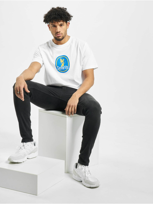 Mister Tee T-shirt Senorita vit