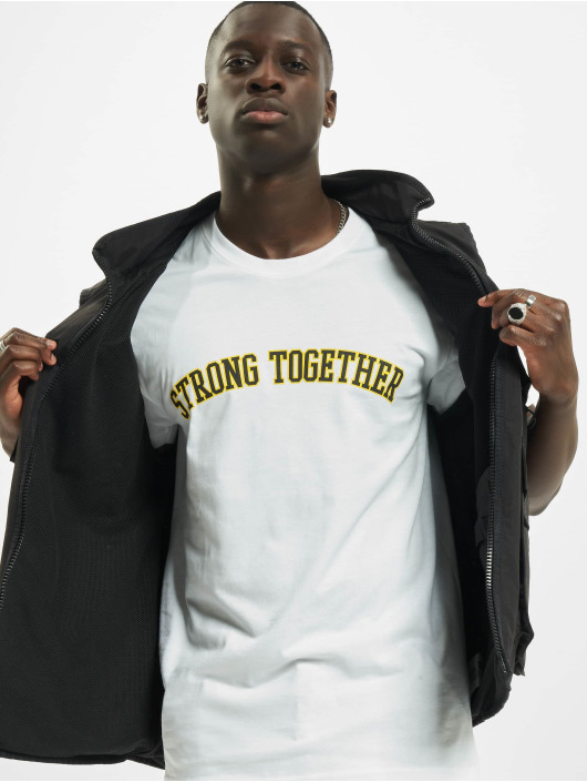 Mister Tee T-Shirt Strong Together weiß