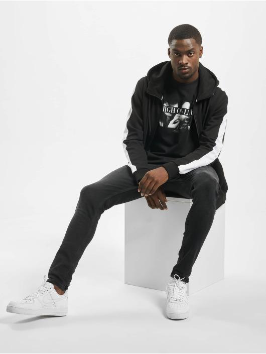Mister Tee t-shirt High On Life zwart