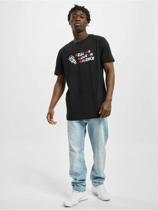Mister Tee t-shirt Move In Silence zwart
