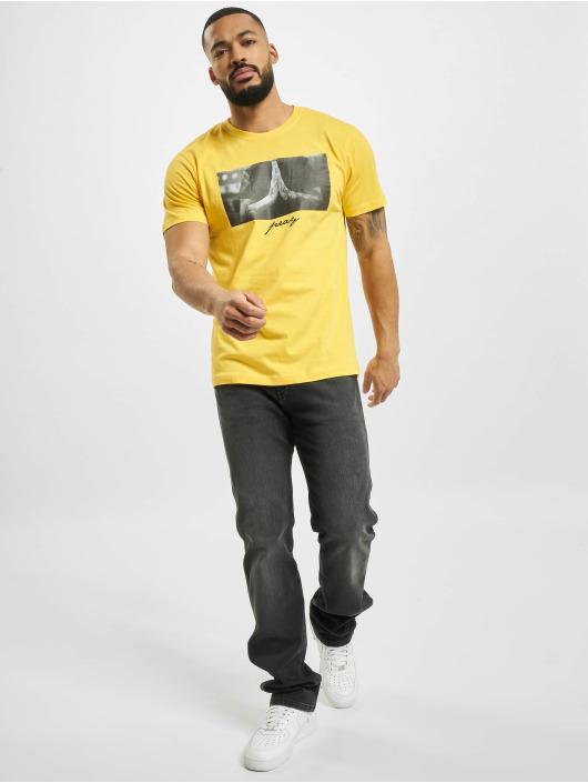 Mister Tee T-shirts Pray gul