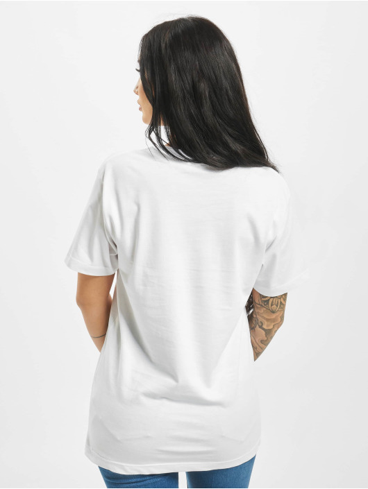 Mister Tee T-shirts Planet Earth hvid