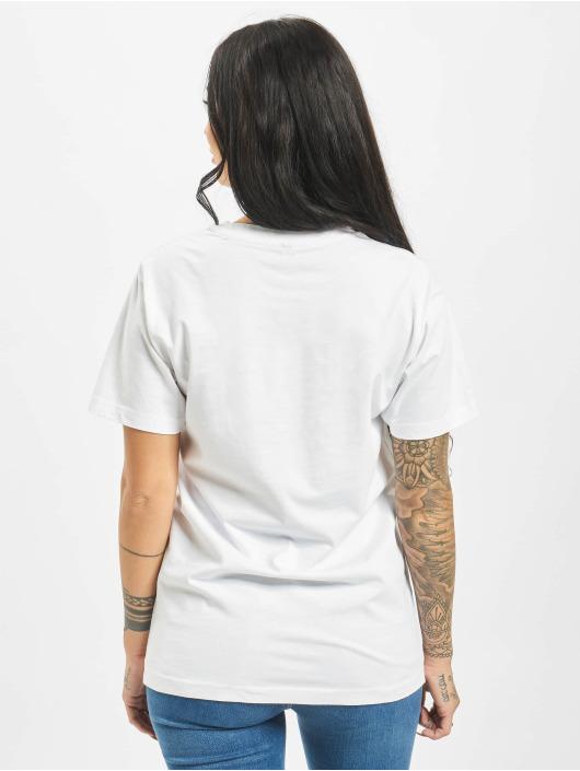 Mister Tee T-shirts Sofa Cat hvid