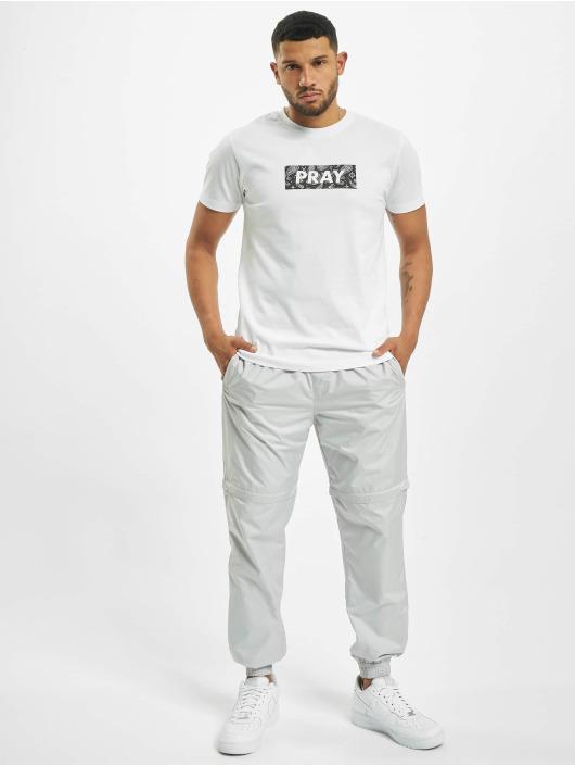 Mister Tee T-shirts Bandana Box Pray hvid