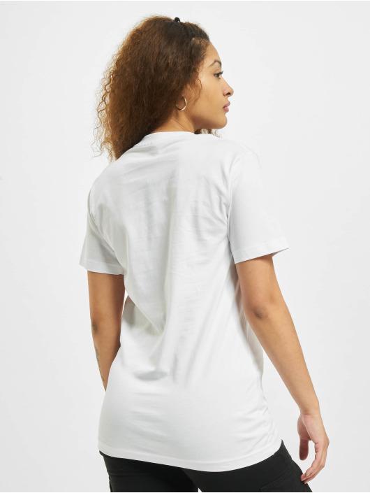 Mister Tee T-shirts Spread Hummus hvid