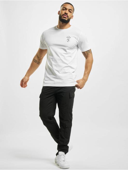 Mister Tee T-shirts Ufo Drop hvid