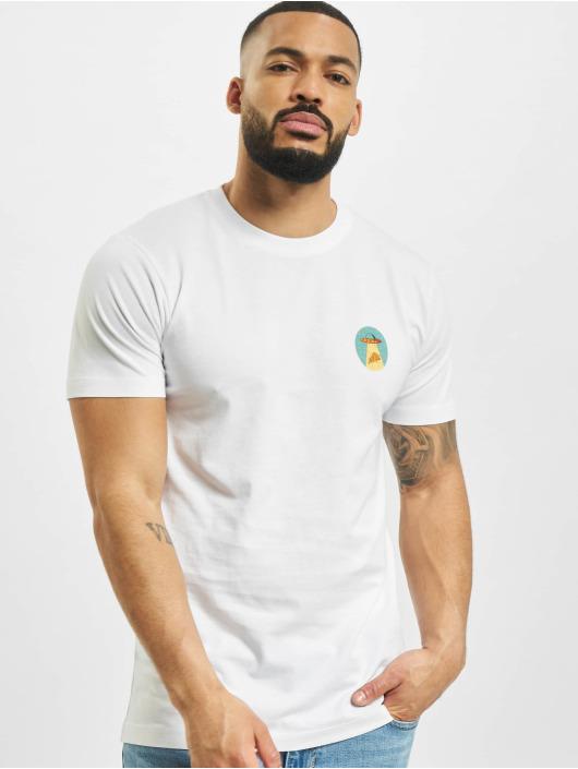 Mister Tee T-shirts Ufo Pizza hvid