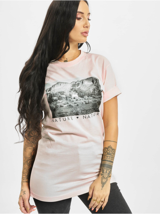 Mister Tee T-shirts Love Nature rosa