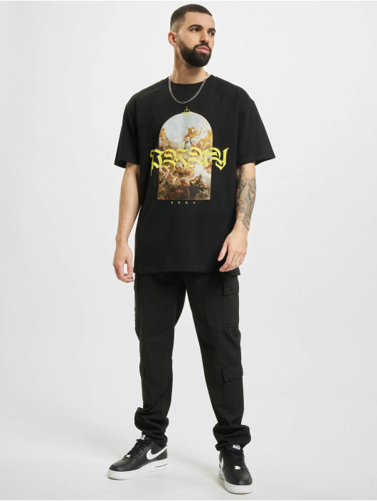 Mister Tee T-shirts Pray Painting Oversize sort