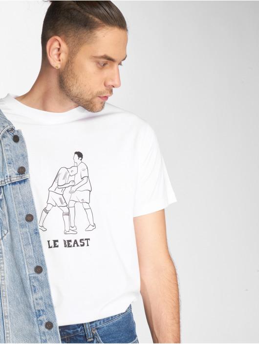 Mister Tee T-skjorter Le Beast hvit