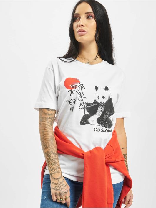 Mister Tee T-skjorter Go Slow hvit