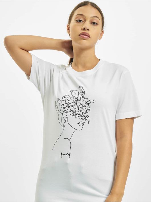 Mister Tee T-skjorter One Line Fruit hvit