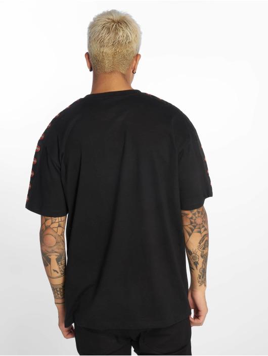 Mister Tee T-skjorter Nasa Red Spaceship svart