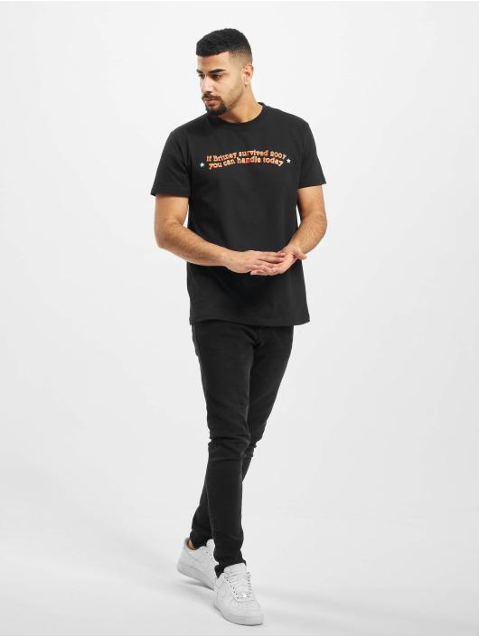 Mister Tee T-skjorter Handle Today svart