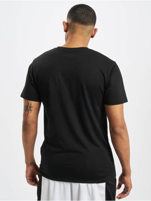 Mister Tee T-skjorter Basketball Player svart