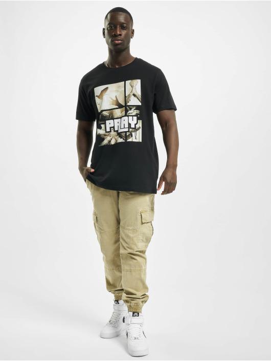 Mister Tee T-skjorter Tee Pray Motive svart