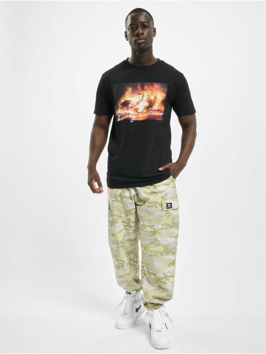 Mister Tee T-skjorter Burning Car svart