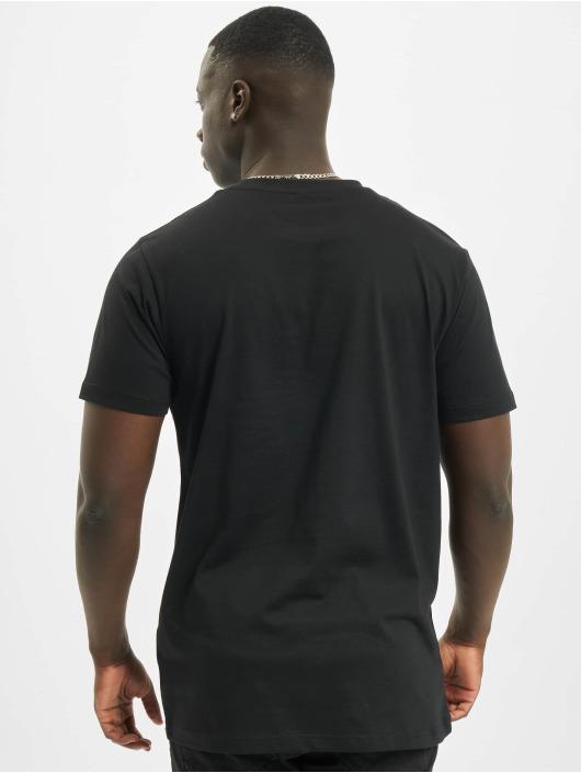 Mister Tee T-skjorter Unstoppable Horse svart