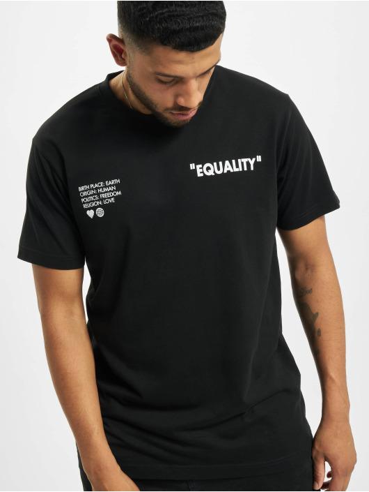 Mister Tee T-skjorter Birth Place Earth svart
