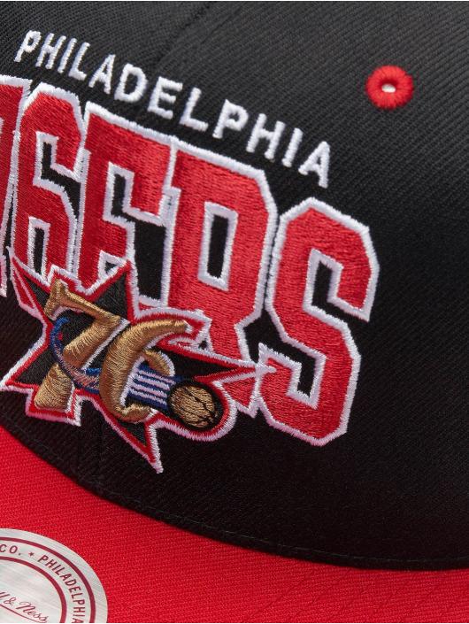 Mitchell & Ness Кепка с застёжкой Philadelphia 76ers HWC Team Arch черный