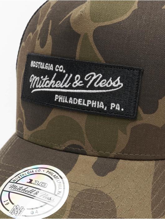 Mitchell & Ness Кепка тракер Own Brand 110 камуфляж
