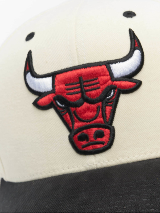Mitchell & Ness Casquette Snapback & Strapback NBA Pro Crown Chicago Bulls blanc
