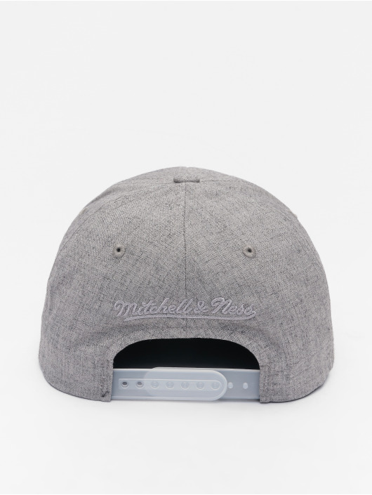 Mitchell & Ness Casquette Snapback & Strapback HWC Beam Chicago Bulls 110 Curved gris