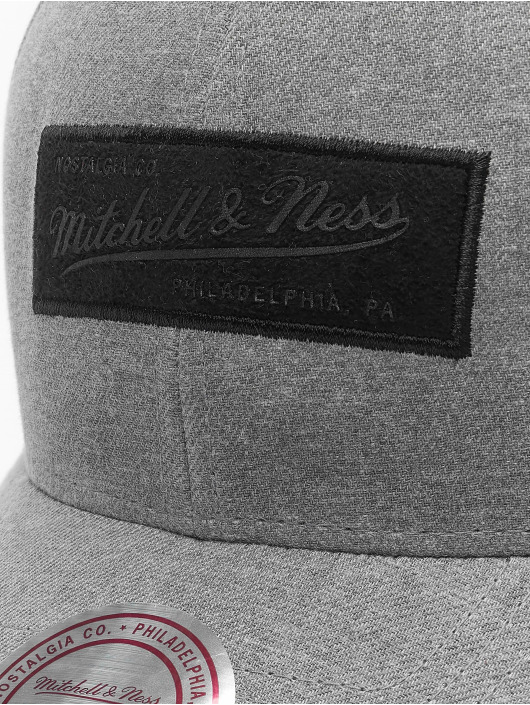 Mitchell & Ness Casquette Snapback & Strapback Erode gris