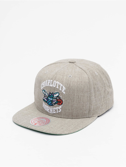 Mitchell & Ness Casquette Snapback & Strapback Team Heather HWC Charlotte Hornets gris