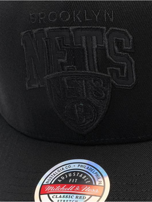 Mitchell & Ness Casquette Snapback & Strapback Black Out Arch Redline Brooklyn Nets noir