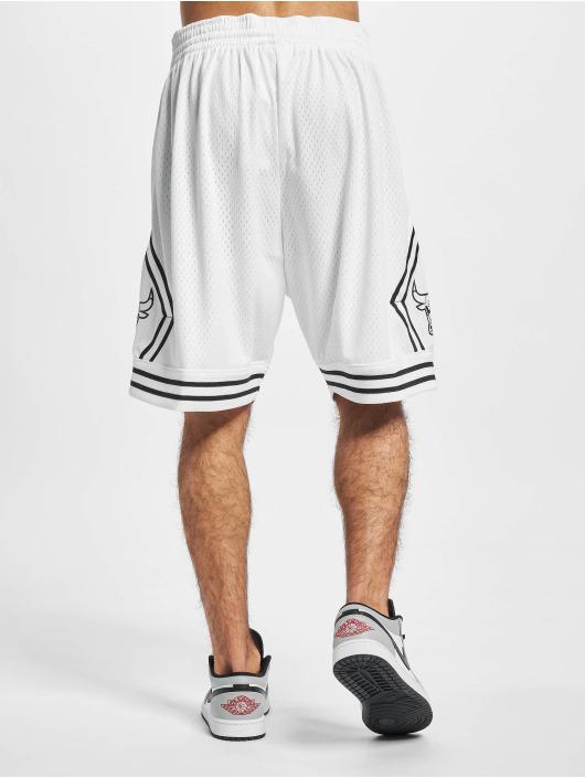 Mitchell & Ness Short Swingman Chicago Bulls blanc