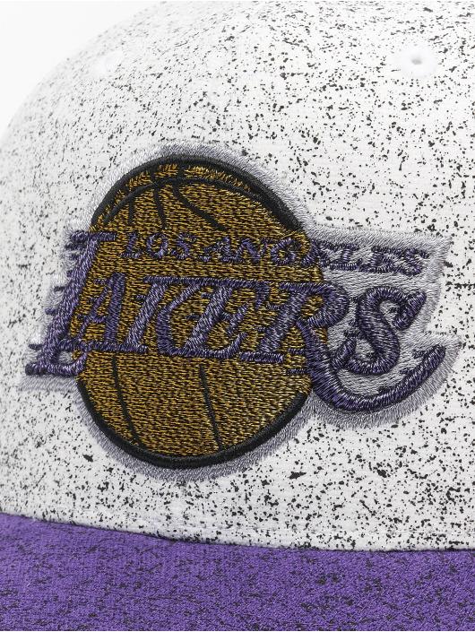 Mitchell & Ness Snapback No Rest La Lakers biela