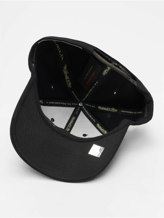 Mitchell & Ness Snapback Cap NBA Miami Heat Luxe 110 black