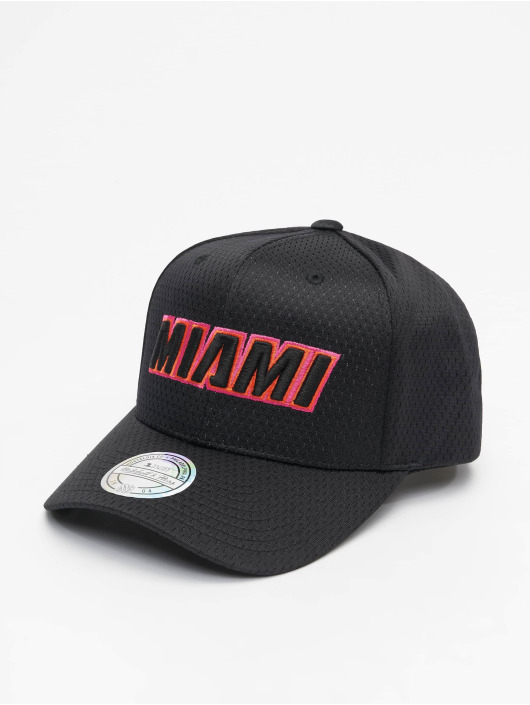 Mitchell & Ness Snapback Cap City Series M. Heat black