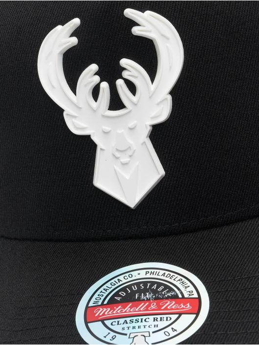 Mitchell & Ness Snapback Cap Casper Redline Milwaukee Bucks black