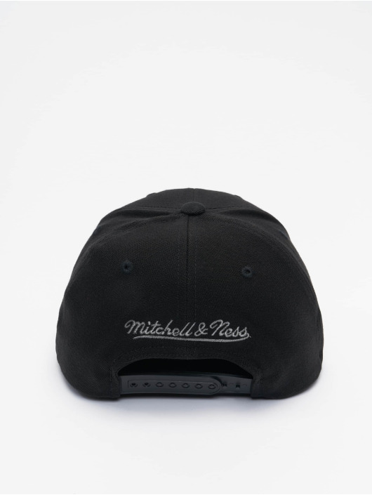 Mitchell & Ness Snapback Cap Shadow Redline Chicago Bulls black