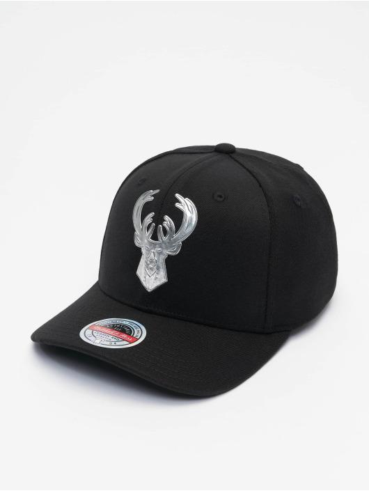 Mitchell & Ness Snapback Cap Cyber Redline Milwaukee Bucks black
