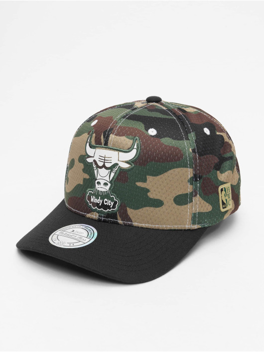 Mitchell & Ness Snapback Cap HWC Mesh Chicago Bulls camouflage