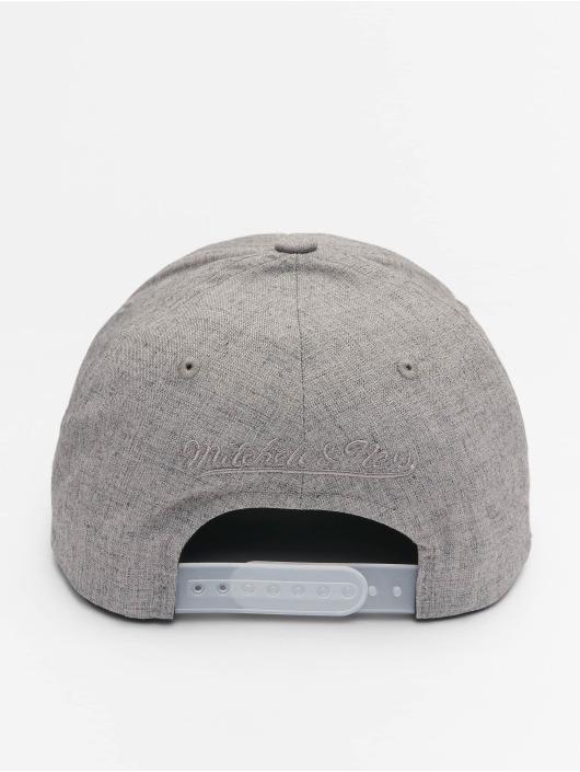Mitchell & Ness Snapback Cap HWC Beam Logo Man 110 Curved grau
