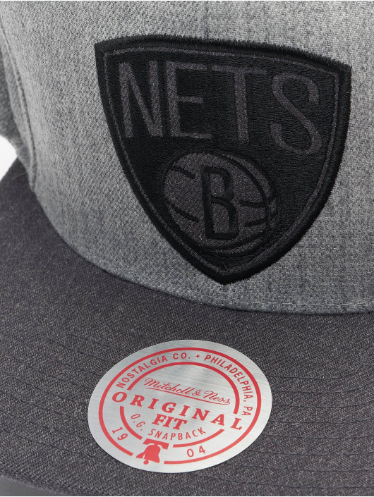 Mitchell & Ness Snapback Cap Dual Heather Brooklyn Nets grau