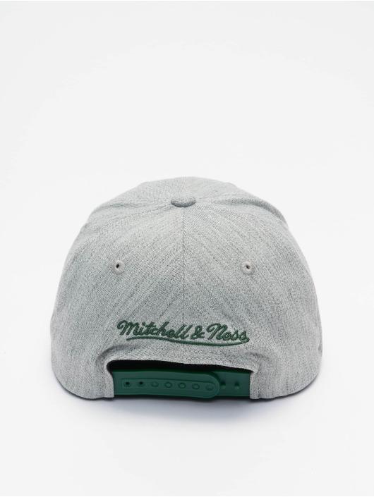 Mitchell & Ness Snapback Cap Team Heather Redline Milwaukee Bucks grey