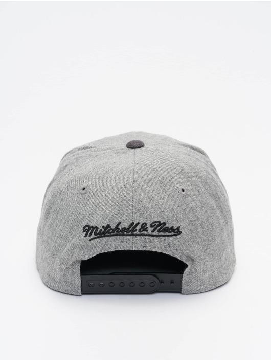 Mitchell & Ness Snapback Cap Dual Heather Chicago Bulls grey