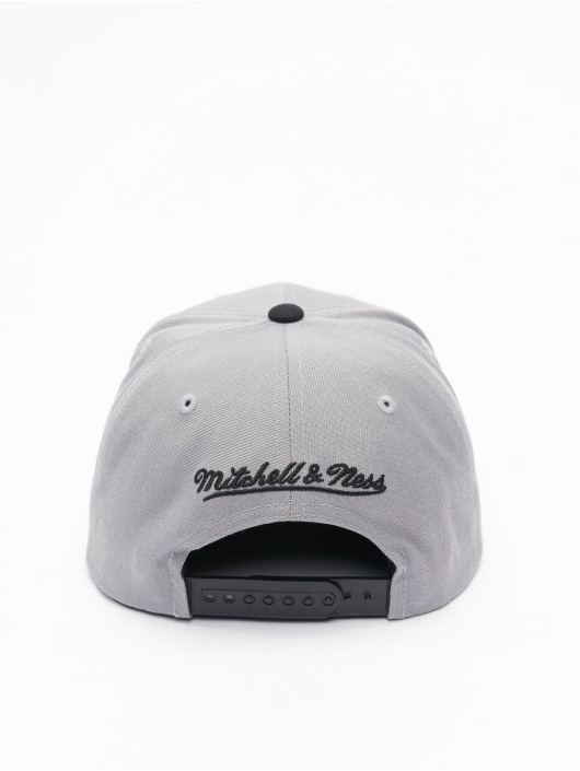 Mitchell & Ness Snapback Cap Wool 2 Tone HWC San Antonio Spurs grigio